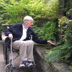 Adult-Alzheimers-Evans-Restorative-Garden.jpg