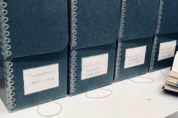 Hollinger Boxes